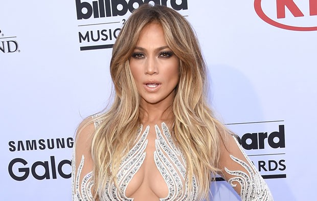 Photo Gallery: 2015 BBMAs Red Carpet