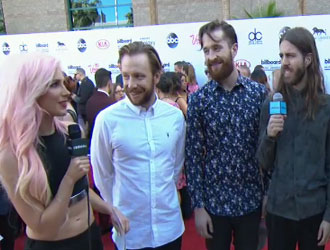 Imagine Dragons on the 2015 BBMAs Red Carpet