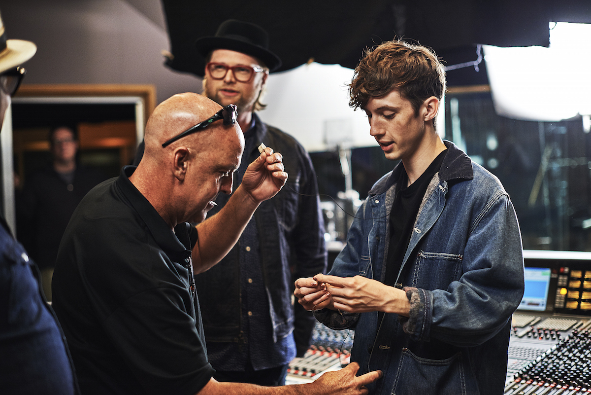 Photo Gallery Behind The Scenes With Troye Sivan Billboard Music Awards