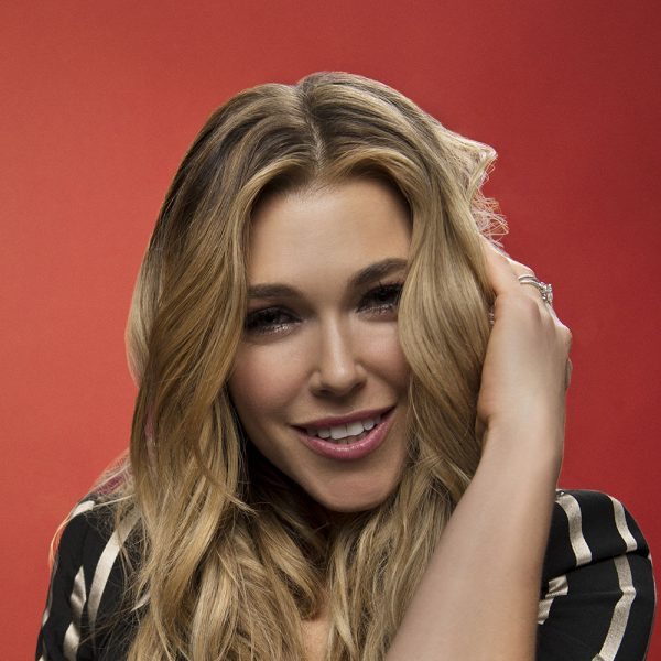 Rachel Platten in the 2016 BBMAs Backstage Portrait Booth