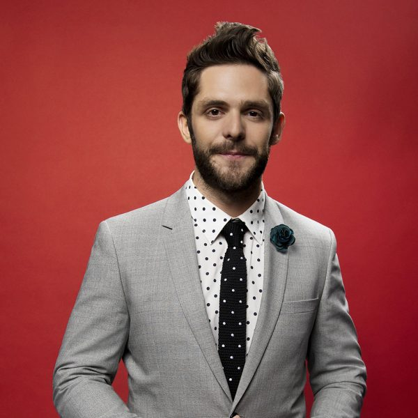 Thomas Rhett in the 2016 BBMAs Backstage Portrait Booth