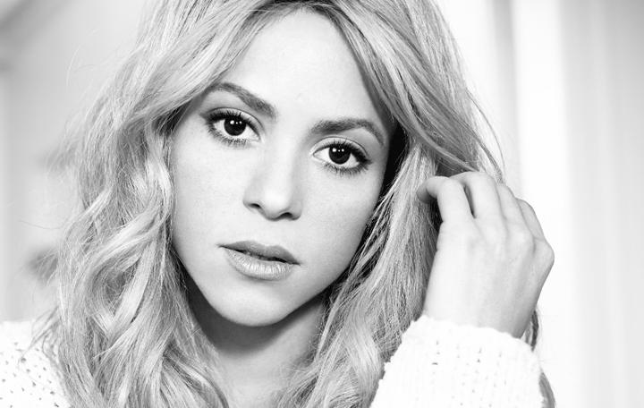 """Shakira Featuring Maluma """"Chantaje"""""""