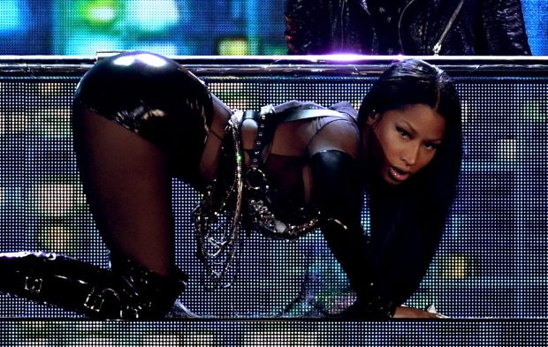Nicki Minaj Opens the BBMAs Like a Queen