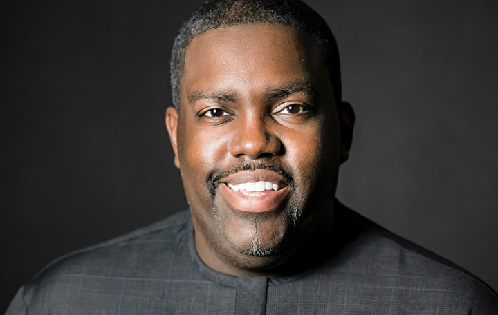 "William McDowell ""The Cry: A Live Worship Experience"""