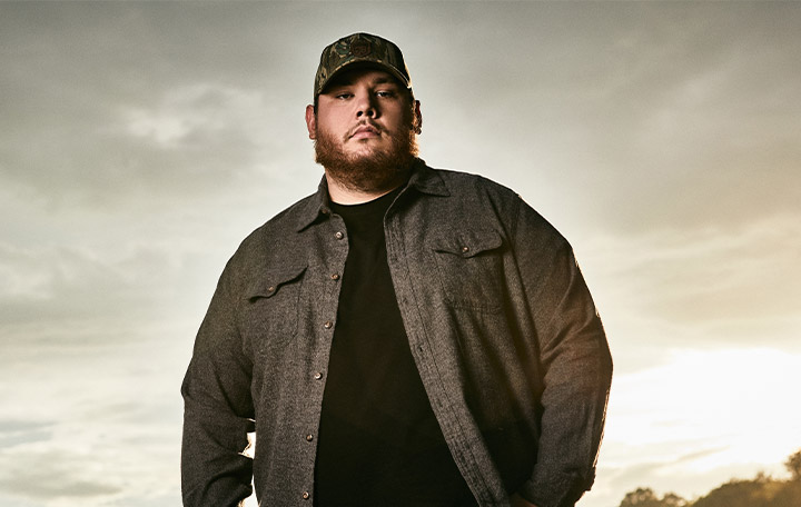 "Luke Combs ""What You See Is What You Get"""